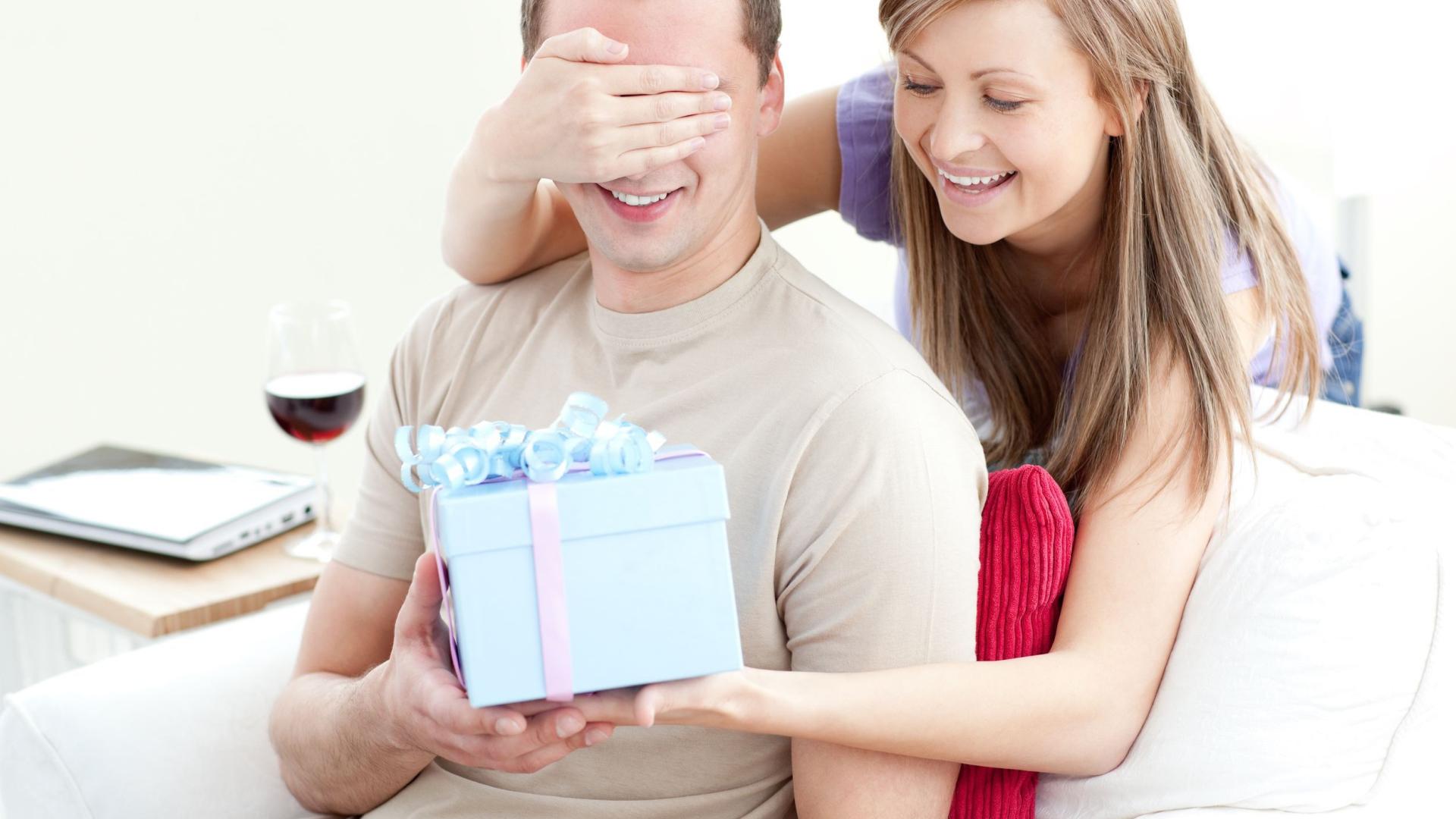 Идеи подарков для любимого мужчины, парня, друга от Подарков 42