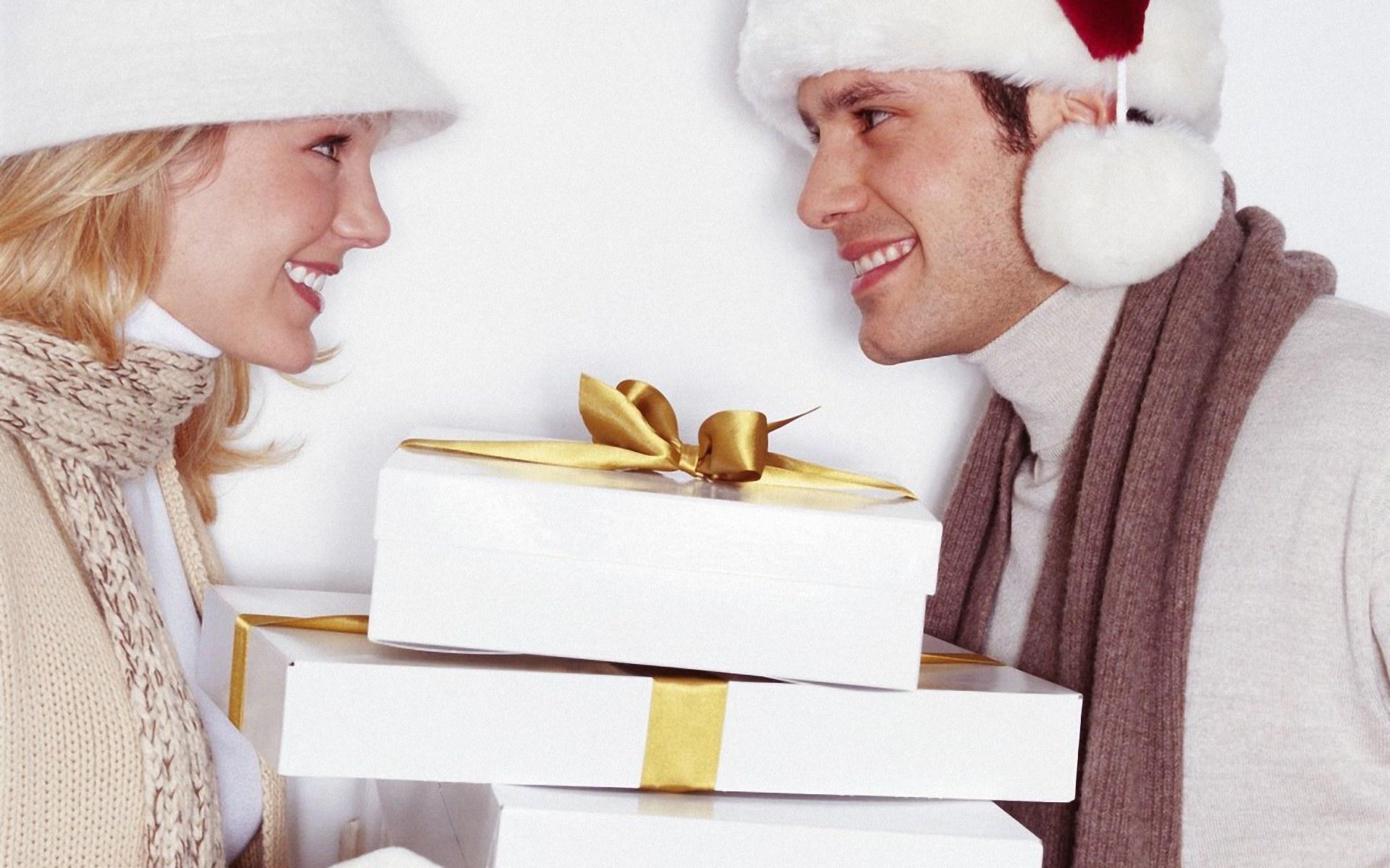 Как подарить любимому на новый год