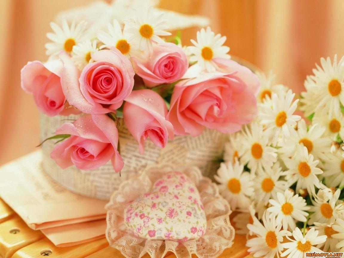 Цветы из кожи кОригинальный подарок просто так