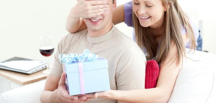 Что можно подарить парню на день рождения
