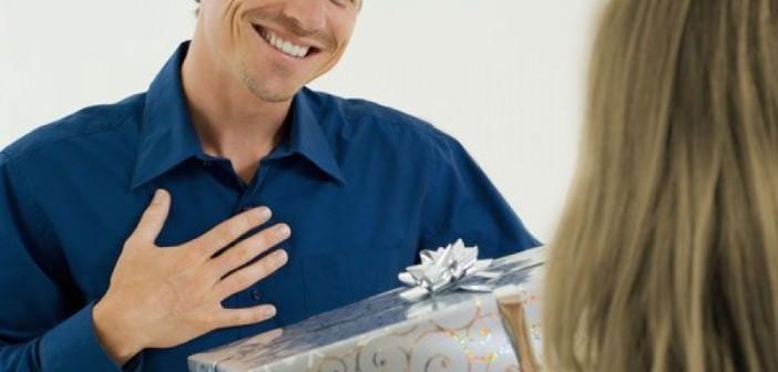 Что лучше дарить любимому мужчине