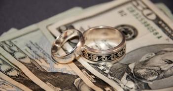 Что дарить на ситцевую свадьбу?