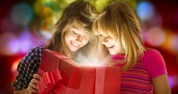 Что можно подарить сестре на день рождения