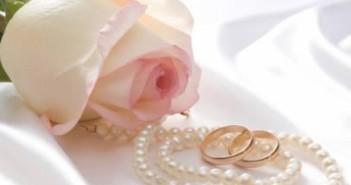 Что нужно дарить мужу на жемчужную свадьбу