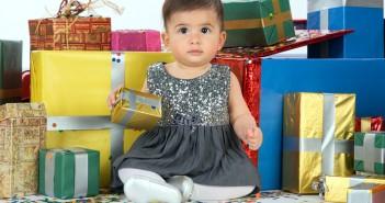 Что подарить годовалой девочке на день рождения