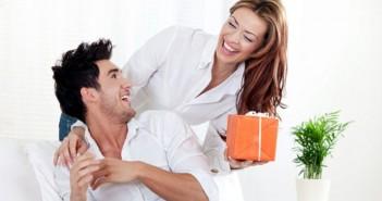 Что подарить любовнику, чтобы не узнала жена