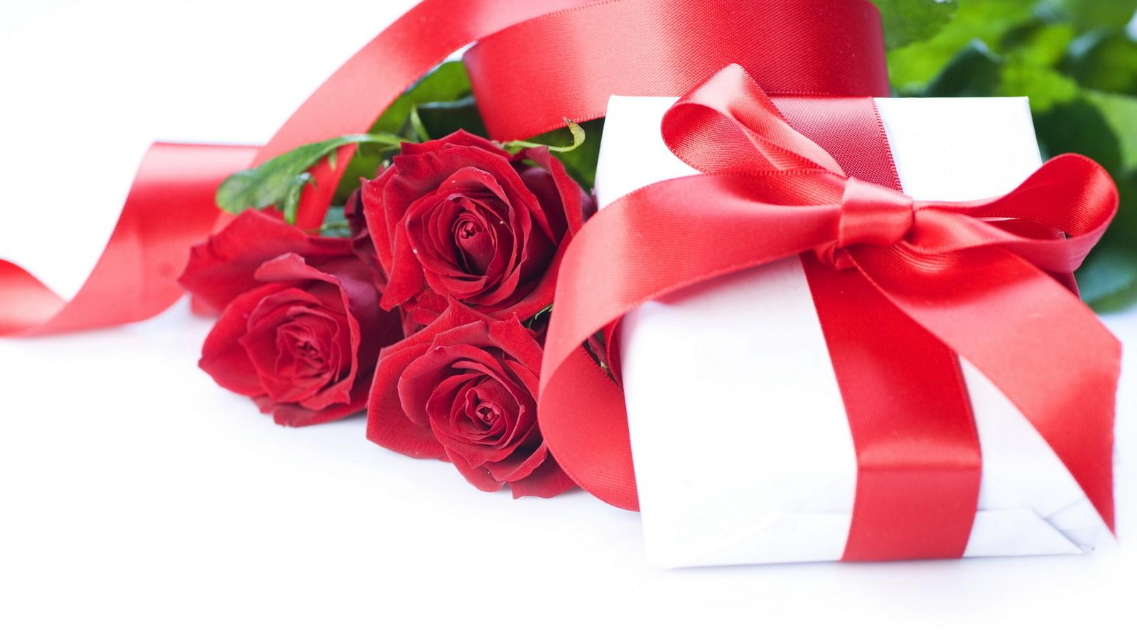 Подарок женщине на день рождения 65 лет женщине8