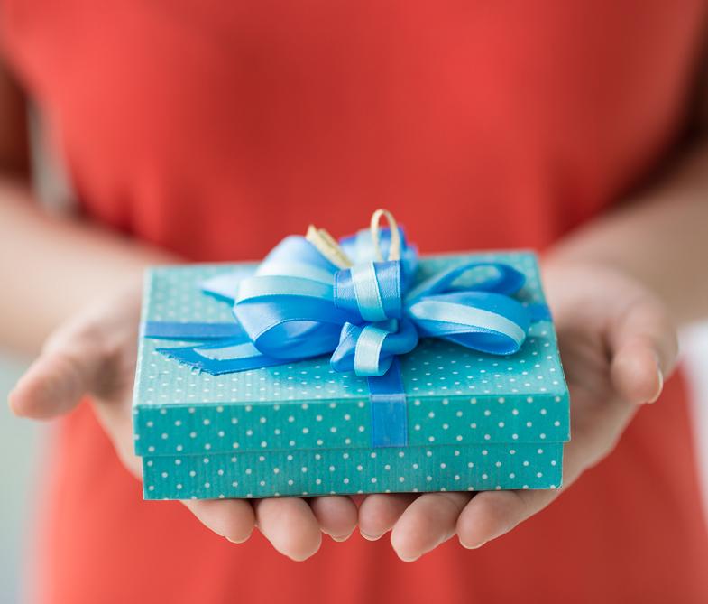 Юбилей 50 подарок женщине
