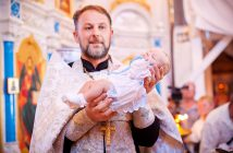 Что дарят крестные на крестины мальчика