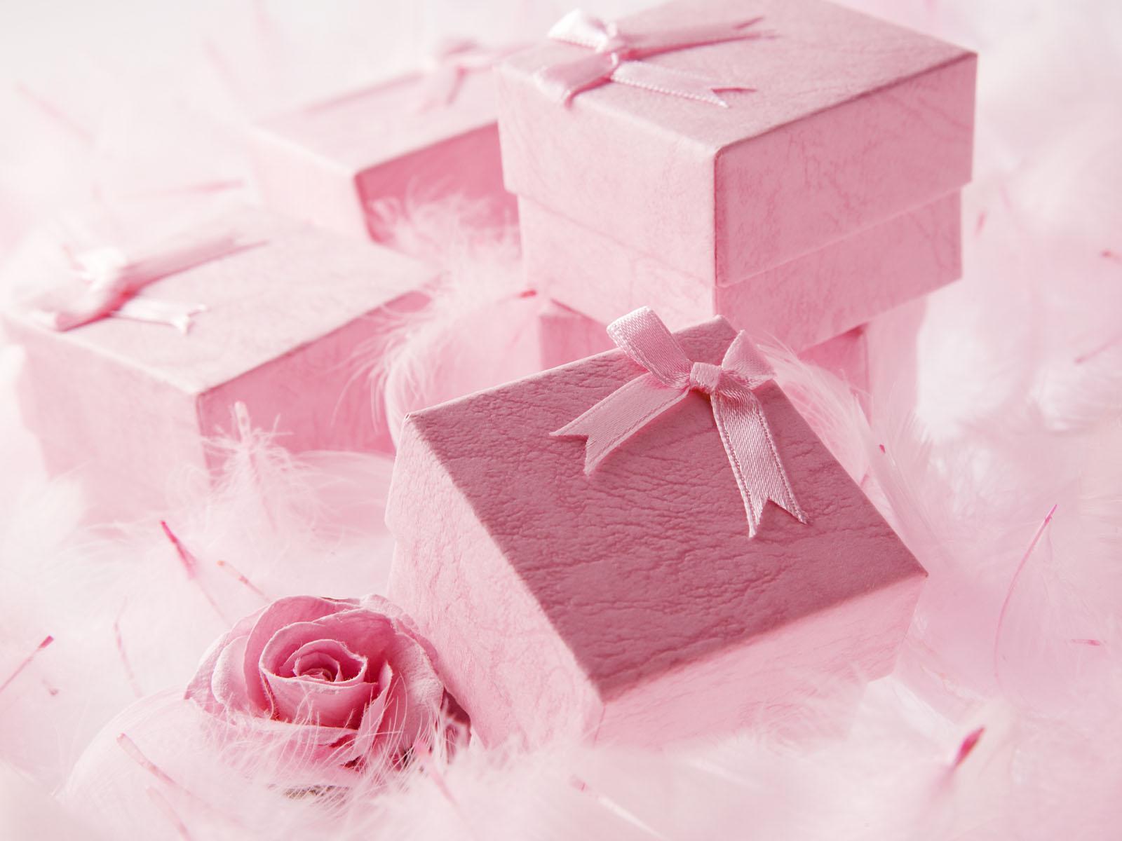 Можно ли дарить подарки заранее? Можно или нет? 50