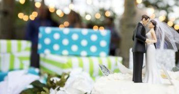 Подарок на свадьбу молодоженам, фото