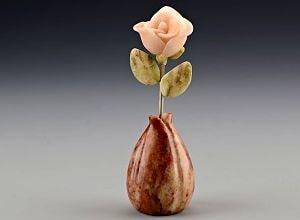 Цветок из камня