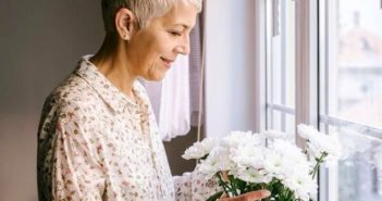 Цветы женщине на 60 лет, фото