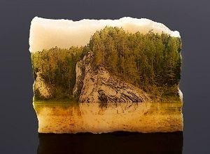 Картина на камне, фото