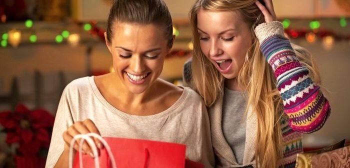 Недорогие подарки девушке, фото