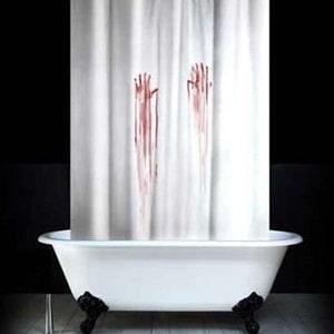 Кровавая штора для ванной, фото