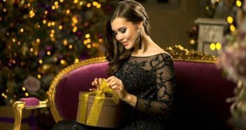 Подарок женщине на Новый год, фото