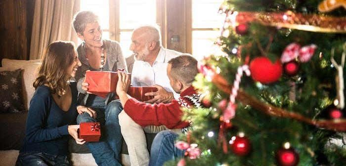 Новогодние подарки родителям, фото