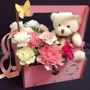 Коробка Мишка с цветами и конфетой, фото