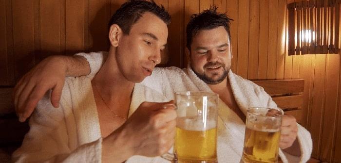 Мужчины в сауне, фото