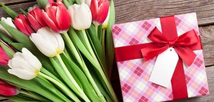 Подарок учительнице на 8 марта, фото