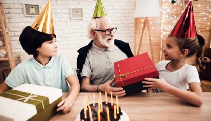 Подарок дедушке от внучки, фото